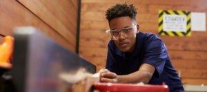 Wood machineist vacancy